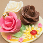 繊細な花びらを重ねて作る「アーティスティック・ローズ」を作ってみよう!